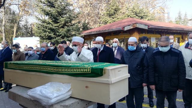 Koronavirüsten hayatını kaybeden Ali Güneri son yolculuğuna uğurlandı
