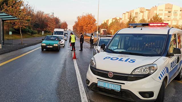 Ankarada kısıtlamaya uymayan 2 bin 266 kişiye ceza