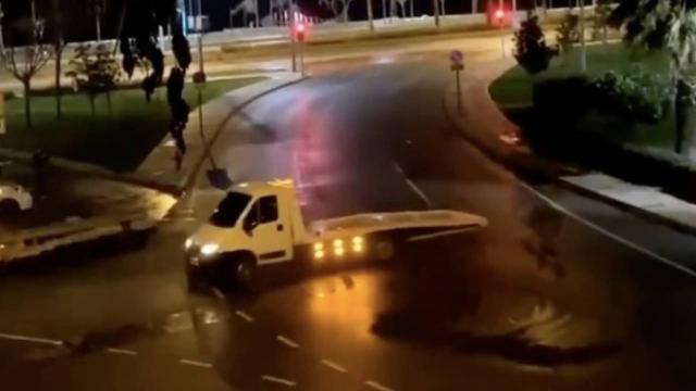Çekiciyle drift yapan sürücüye 6 bin 700 lira ceza