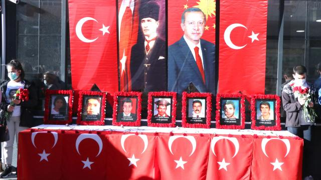 """Diyarbakırda """"eğitim şehitleri"""" anıldı"""