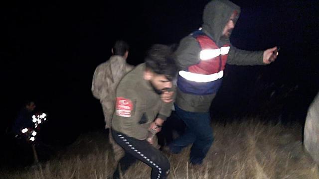 Elazığda kaçak kazı yapan 3 kişi yakalandı