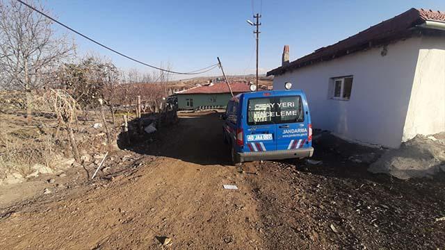 Kırşehirde iki gencin toprağa gömülü cesedi bulundu