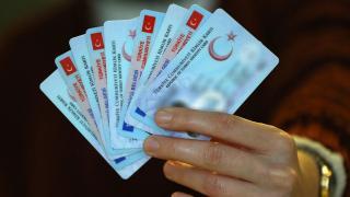 KKTC'ye yeni kimlik kartıyla gidilecek