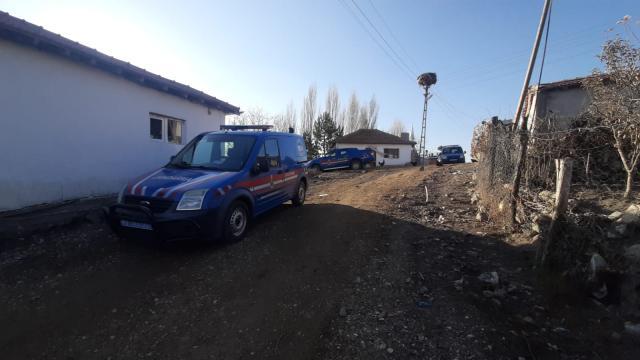 Kırşehirde kayıp olarak aranan genç, kız arkadaşıyla öldürülmüş bulundu