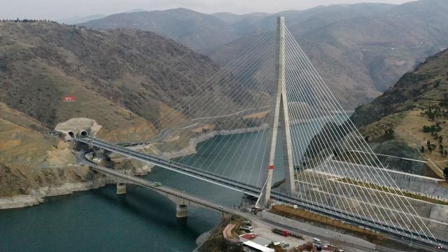 Türkülere konu olan Kömürhan Köprüsü açılıyor