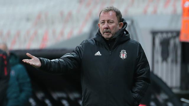 Sergen Yalçın: Beşiktaş olması gereken yerde