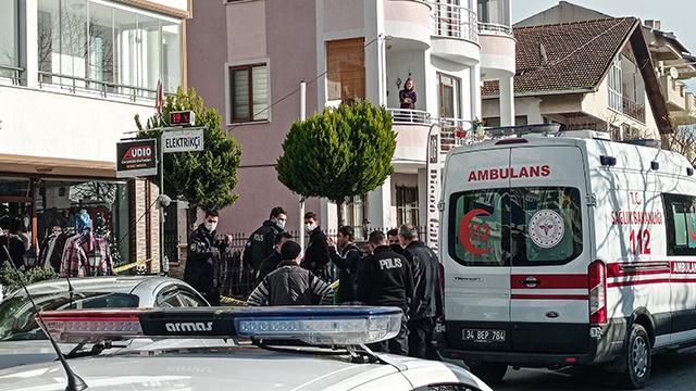 İstanbulda silahlı saldırı: Anne ve oğlu yaralandı
