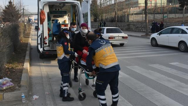 Sinopta engelli aracı devrildi: 3 yaralı