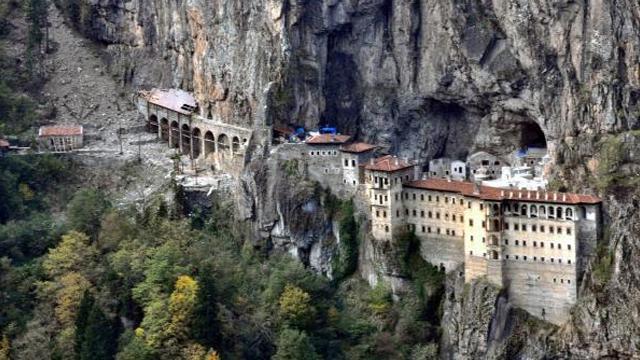 Sümela Manastırında 8inci kez ayin düzenlenecek