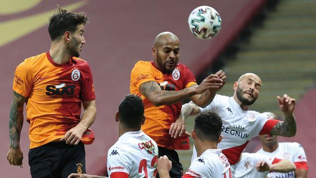 Galatasaray Antalyasporu geçemedi