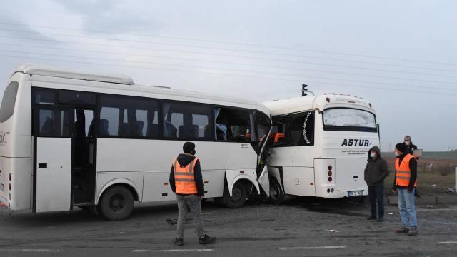 Tekirdağda servis araçları çarpıştı: 19 yaralı