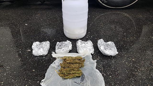 Peynir bidonundan 1 kilogram uyuşturucu çıktı