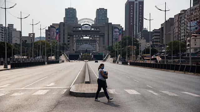 Venezuelada koronavirüsle mücadelede karantina kararı