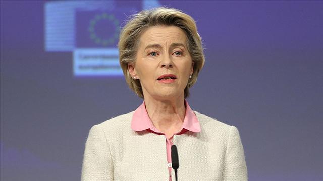 AB Komisyonu Başkanı, SırbistanKosova krizinin çözüleceğinden emin