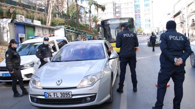 """İstanbulda """"Yeditepe Huzur"""" asayiş uygulaması"""