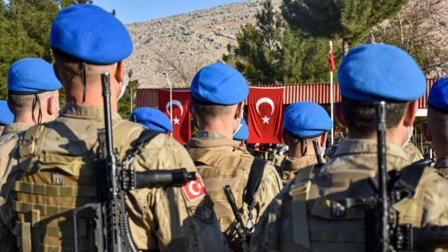 Diyarbakırda 258 Mehmetçik Suriyeye uğurlandı