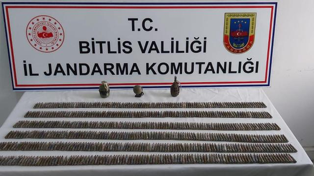 Bitliste PKKya ait mühimmat ele geçirildi