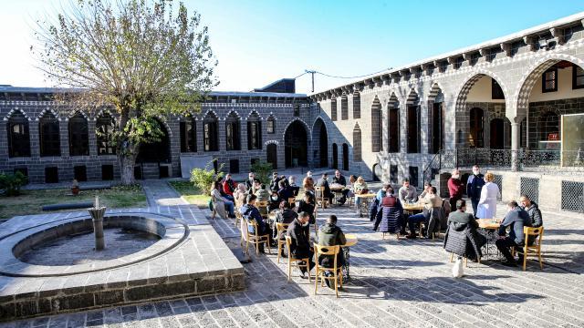 Diyarbakır profesyonel turist rehberleriyle turizmde hedef büyütecek