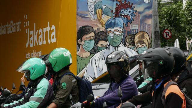 Endonezyada COVID-19 kaynaklı en fazla can kaybı