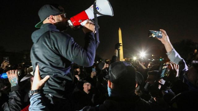 ABDde aşırı sağcı grup liderinin başkent Washingtona girişi yasaklandı