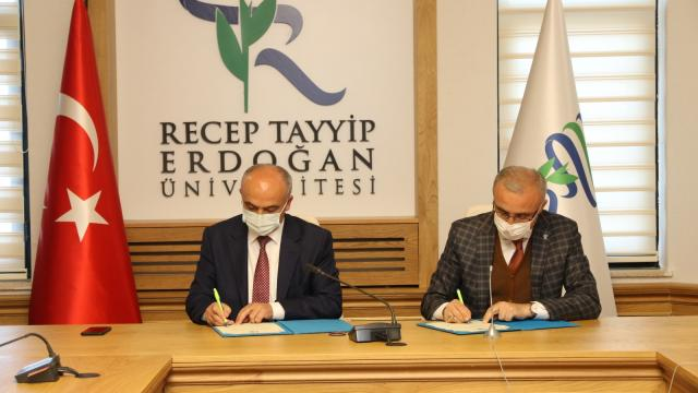 ÜNİ-DOKAP Dönem Başkanlığını Giresun Üniversitesi devraldı