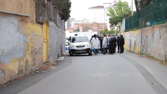 Pendikte darbettikleri kişinin 350 bin lirasını gasbeden şüpheliler kaçtı