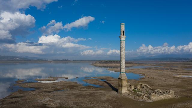 İzmirdeki yağışlar barajları doldurmaya yetmedi