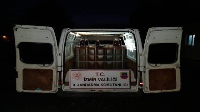 Yol kontrolünde 3 bin litre kaçak akaryakıt ele geçirildi