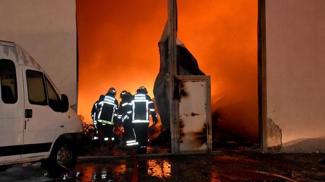 Kayseride fabrika yangını