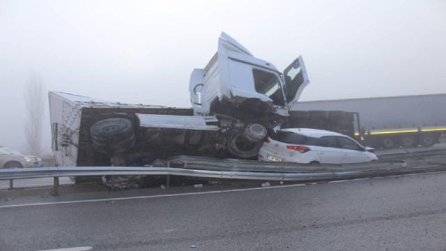Kastamonuda zincirleme trafik kazası: 3 yaralı