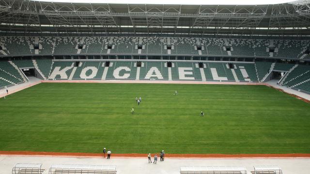 Fatih Karagümrük-Konyaspor maçı Kocaelide oynanacak