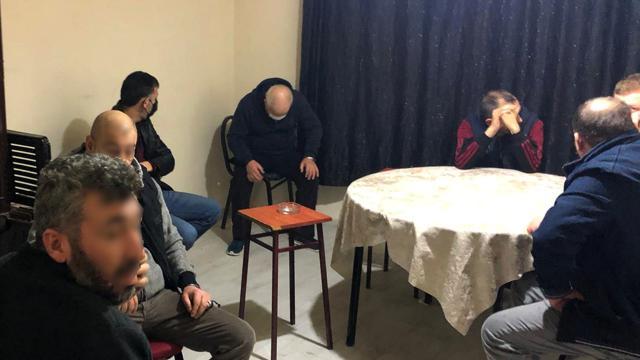 Afyonkarahisarda kumar oynayan 12 kişiye ceza