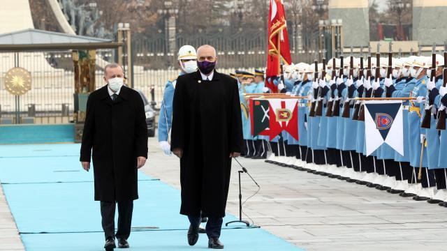 Cumhurbaşkanı Erdoğan, Arnavutluk Başbakanı Ramayı resmi törenle karşıladı