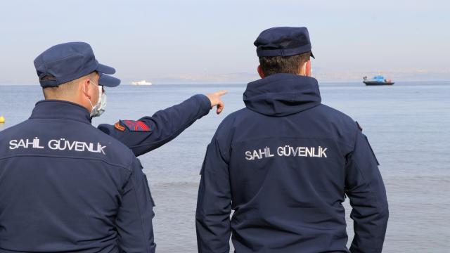 Yalovada sandalla açıldığı denizde kaybolan kişi aranıyor