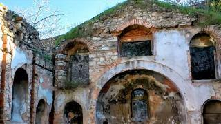 İstanbul'daki Vlahsaray Kilisesi'nin temel kalıntıları bulundu