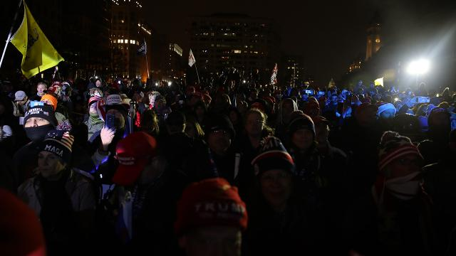 Trump destekçileri seçim protestoları için Washingtonda toplandı