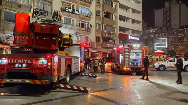 Bandırmada restoranda çıkan yangın söndürüldü