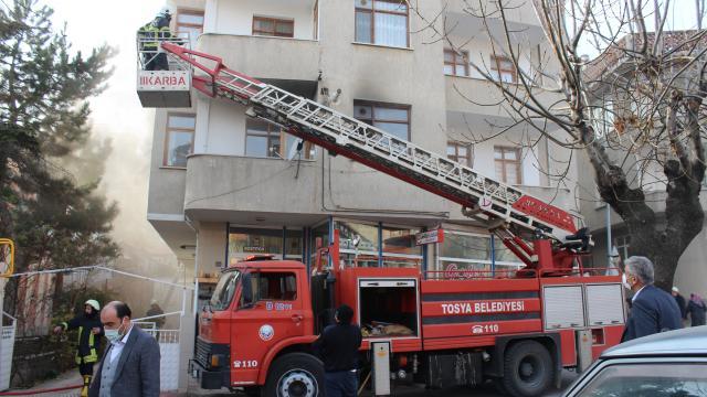 Tosyada ev yangını zarara neden oldu