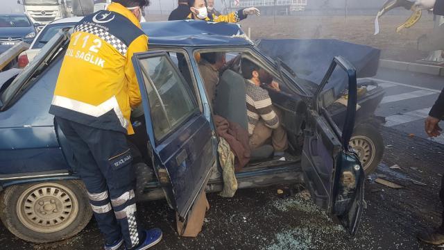 Akşehirde trafik kazası: 4 yaralı