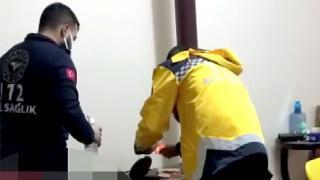 Hastaya müdahaleye giden sağlık ekipleri soba yaktı