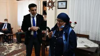 Bakan Soylu, şehit öğretmen Şenay Aybüke Yalçın'ın ailesiyle görüştü