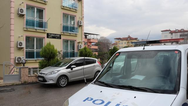 Denizlide üniversitesi öğrencisi genç kız evinde ölü bulundu
