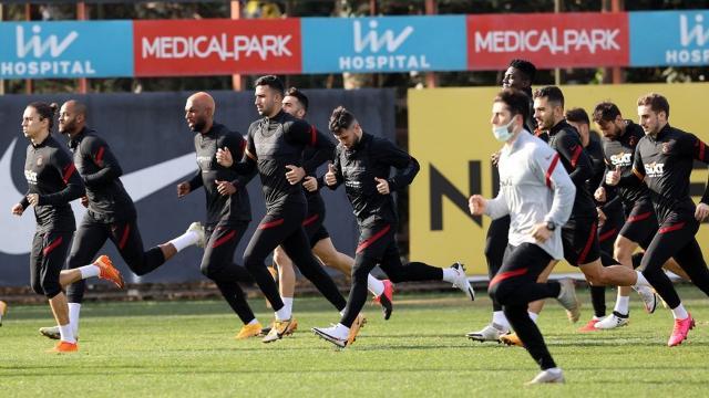 Galatasarayda kadro değişecek