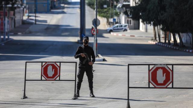Gazzede COVID-19 önlemleri sıkılaştırıldı