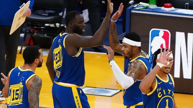 Golden State Warriors 22 sayı geriden gelerek kazandı