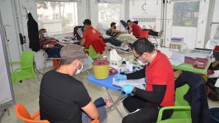 Antalya'da kısıtlama gününde 80 ünite kan toplandı