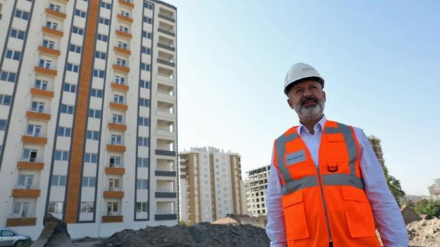 Kocasinan Belediye Başkanı Çolakbayrakdar: Nice vizyon projelere imza atacağız