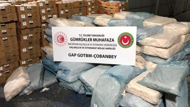 Kilisten Suriyeye beyana aykırı şekilde götürülmeye çalışılan gıda ürünlerine el konuldu