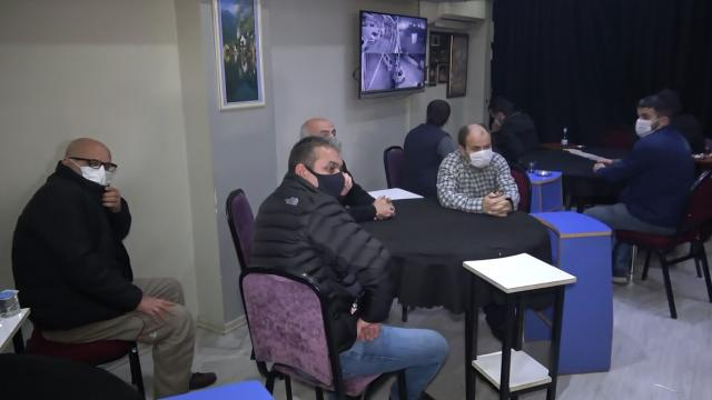 Kahvehaneyi kumarhaneye çeviren 27 kişiye 85 bin lira ceza