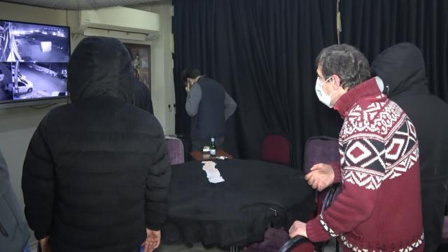 Bursada kumar oynayan 27 kişiye 85 bin lira ceza yazıldı